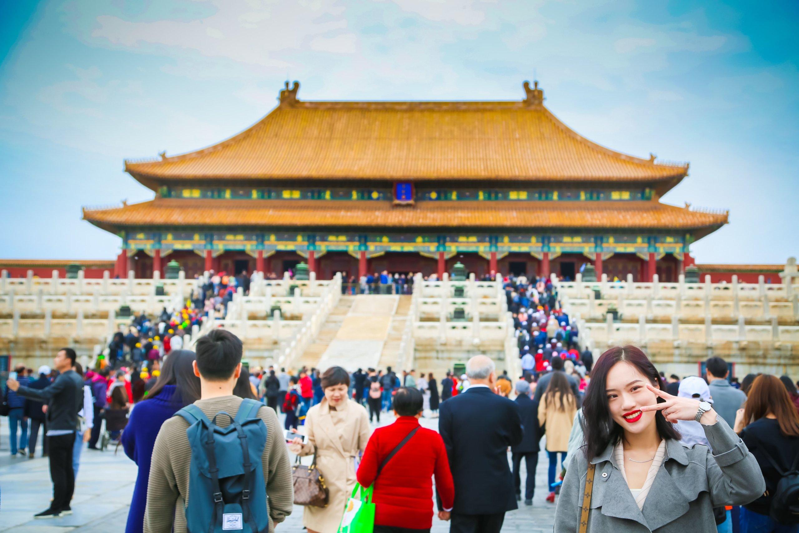 中国で記念撮影する人
